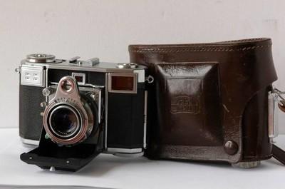 蔡司女伯爵 ZEISS IKON CONTESSA 533/24 旁轴照相机 红T头 f2.8
