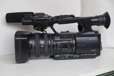 自用95成新索尼 HVR-Z5C专业手提摄像机 带HVR-MRC1 CF卡记录器套装