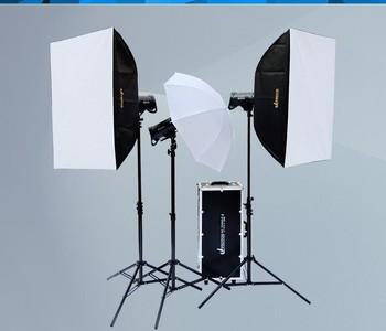 U2摄影灯引闪灯套装低价转让,(三个灯,送反光板)自提