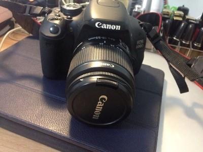 求购佳能 600D一部,成色不计,只要连接电脑可拍照就行!