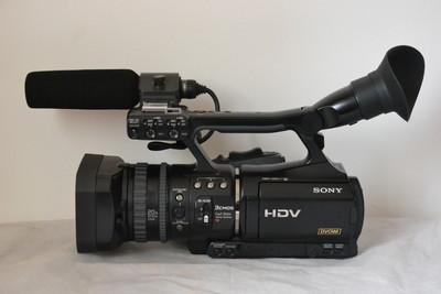 索尼高清摄像机 HVR-V1C 95新 磁带运行时间230小时
