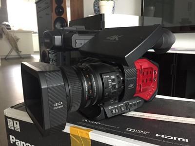 自用4K摄影机DVX200,因本人使用率低,故出售,带包和2电池