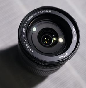 佳能 EF-S 18-200mm f/3.5-5.6 IS