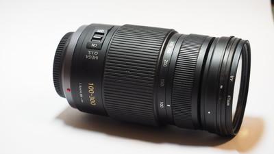 松下 LUMIX G VARIO 100-300mm f/4-5.6 MEGA O.I.S.