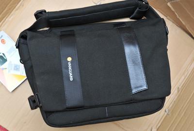 精嘉(Vanguard)Vojo(旅行者)25 单肩摄影包/邮差包