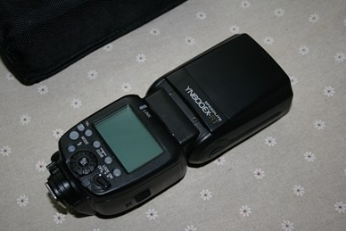 永诺600EX-RT闪光灯(已出)