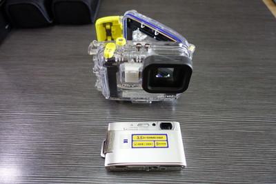SONY T200相机及 SONY原装潜水壳