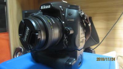 专卖尼康 D7000带镜头和手柄全套3000出