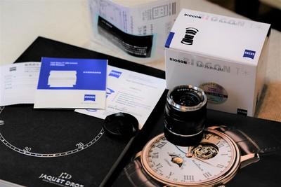 卡尔·蔡司 Biogon T* 35mm f/2 ZM手动镜头+原装遮光罩