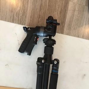 百诺 旅游天使加精嘉GH-300t 手枪式握球形云台