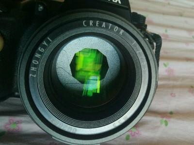 中一光学 85mm F2.0 今年5月出厂 基本全新 包顺丰