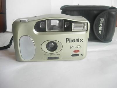 很新凤凰PH70BF袖珍相机,28mm广角镜头,有皮套,收藏使用