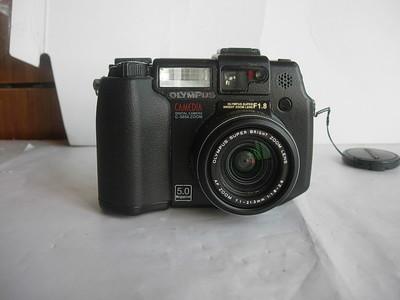 奥林巴斯 C5050 Zoom经典相机,1.8大CCD,成像好,收藏使用
