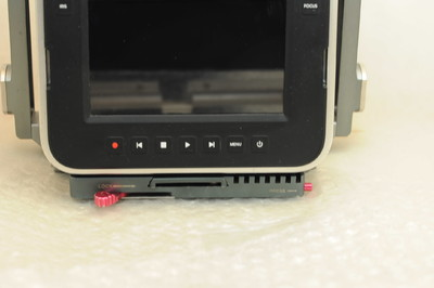 便宜出一台非常专业的4K高清摄像机BMPC 佳能口的