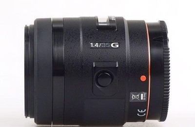索尼 35mm f/1.4 G(SAL35F14G)