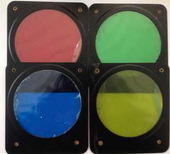 影室灯,外拍灯闪光灯用的色片(有四个颜色)外外金属框为102x115mm