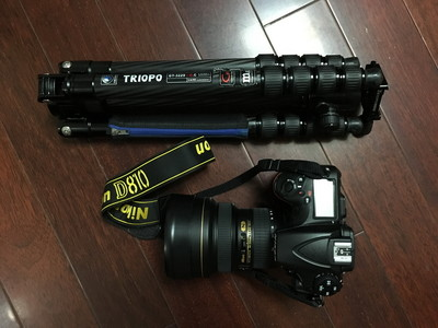 尼康D810原装电池及CF、SD卡等配件装让