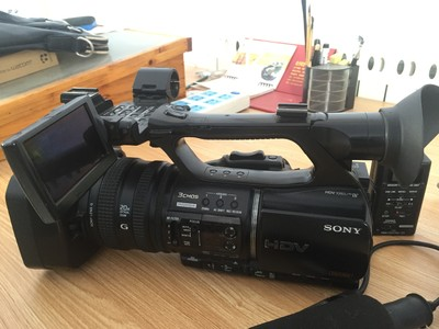索尼Z5C高清摄像机,带全套装备