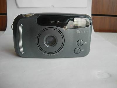 很新富士35--70mm袖珍相机