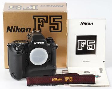 新同带包装 尼康 Nikon F5 旗舰专业自动135胶卷胶片相机 3009010