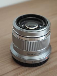 奥林巴斯微单镜头 M.ZUIKO DIGITAL 45mm f/1.8 定焦头