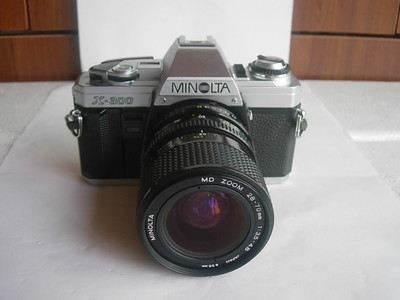 很新美能达X300相机带28--70mm镜头,送原配背带,收藏使用
