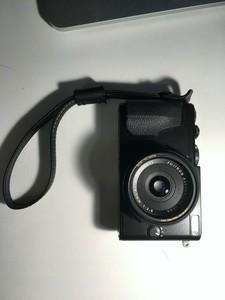 8月中旬购买自larry 家的富士 x70 黑色