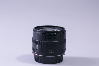 佳能 EF24mm f/2.8