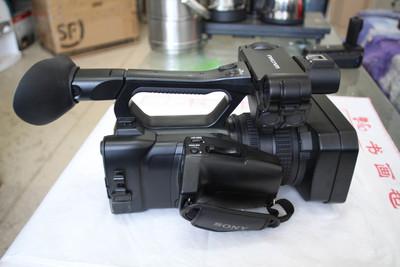 索尼 HXR-NX3(是NX100)