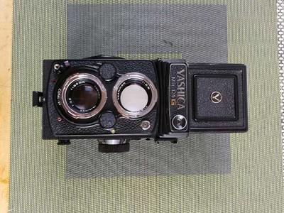 雅西卡Mat-124G双反相机