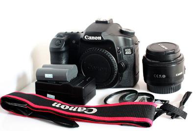 成色极佳的佳能 40D和50mm 1.8定焦头转给哈尔滨的朋友