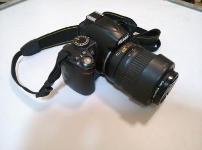 尼康 D3000
