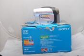 98新Sony  DCR-DVD602E 摄像机带包装(欢迎议价,支持交换)