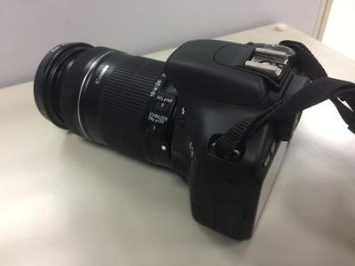 佳能 550D + 镜头18-135mm f/3.5-5.6 IS