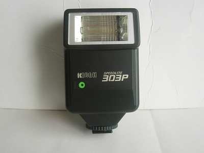 很新理光303P自动加手动闪光灯,实用