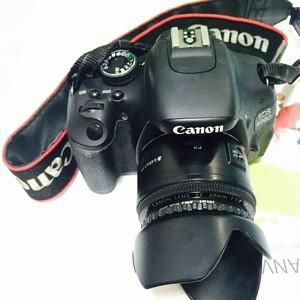 佳能 600D(含两个镜头,两款电池等原配全套系列)