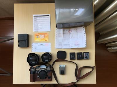 富士 X-T2全套灭门,2个镜头,3块电池,1个机身 99新