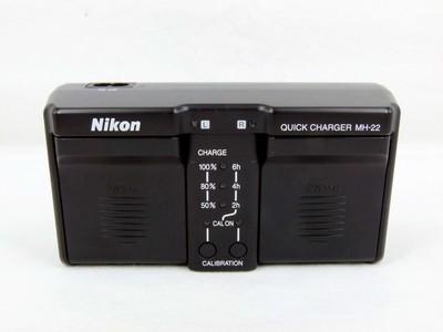 尼康D3,D3S,D3X,D4,D4S用原装充电器MH-22