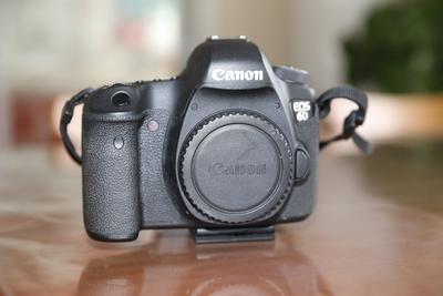 出售佳能 6D全画幅相机