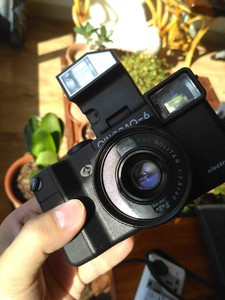 出青岛6相机 自动曝光135胶片机 完美成色带包装 收藏级