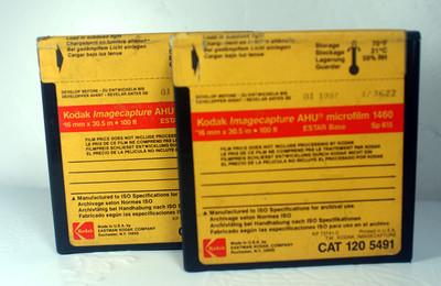 两盒原封柯达16mm--100ft 微缩胶卷