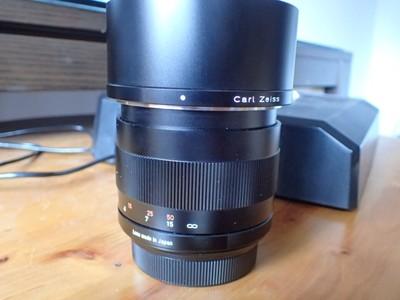 卡尔·蔡司 Planar T* 85mm f/1.4 ZF佳能口