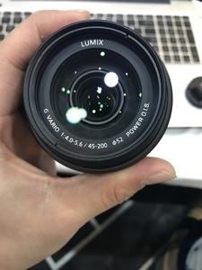 松下 G VARIO 45-200mm f/4.0-5.6 MEGA O.I.S.