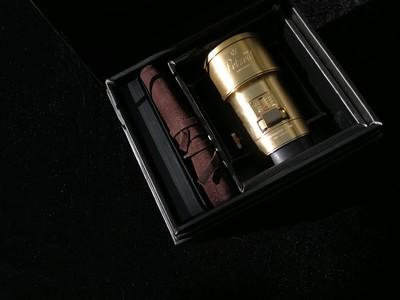 Lomography Petzval 黄铜定焦人像艺术镜头 85mm F2.2