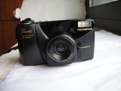 很新奥林巴斯ZOOM80自动对焦旁轴相机,可用5号电池,收藏使用
