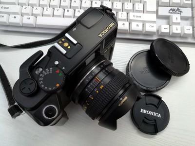 勃朗尼卡 RF645中幅相机+65mm(F4) 镜头