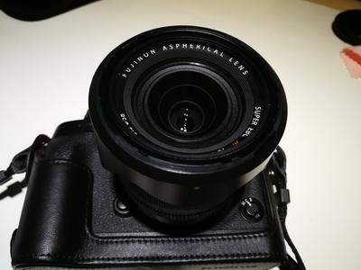 富士XF 18-55mm F2.8-4 R LM OIS