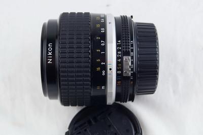尼康 AIS 35 1.4 镜头