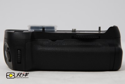 99新品色 D12 For Nikon D800电池盒兼手柄