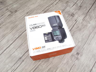 个人出售全新神牛 锂电机顶灯V860IIc机顶闪光灯